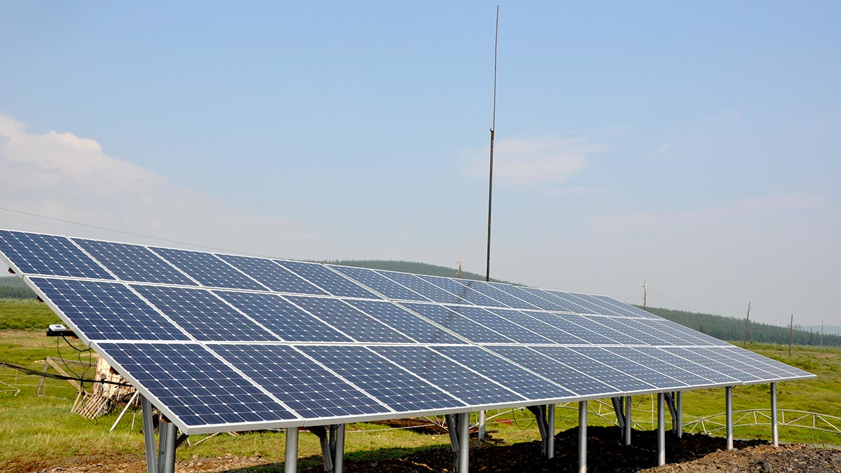 Two new solar power plants with the total capacity of 100 kW were put into operation in the villages of Innyah and Delgay in Yakutia